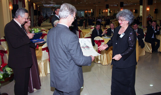 A HMDK 2008-ban Ács Gedeon Életműdíjban részesítette