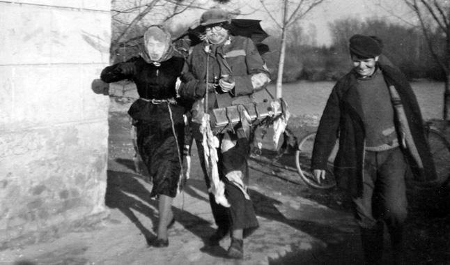 Alakoskodók Kopácson (1950-es évek)