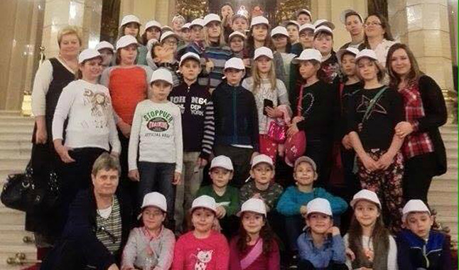 cimlap-parlamenti-gyermekkaracsony